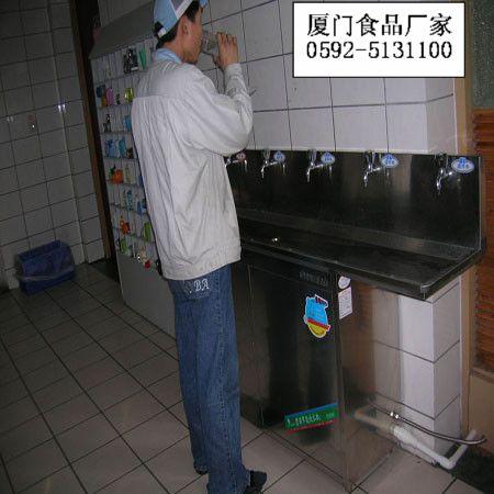 节能饮水机安装现场实拍图片